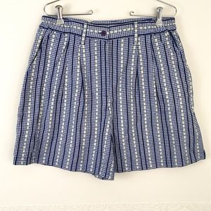 Vintage floral pleated high waist loose fit shorts